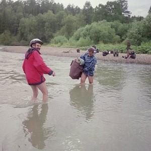 Предстоял обратный путь - через реку